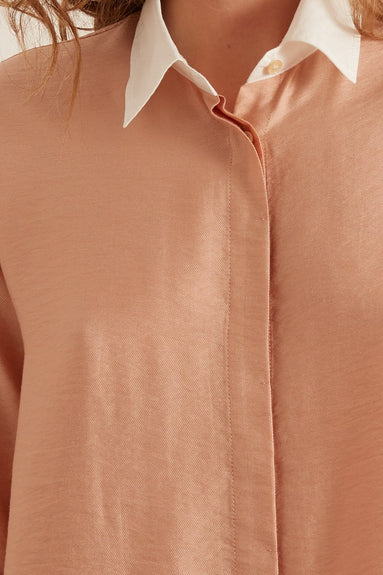 Chic Twill Shirt with Popline Cuffs and Collar in Tea