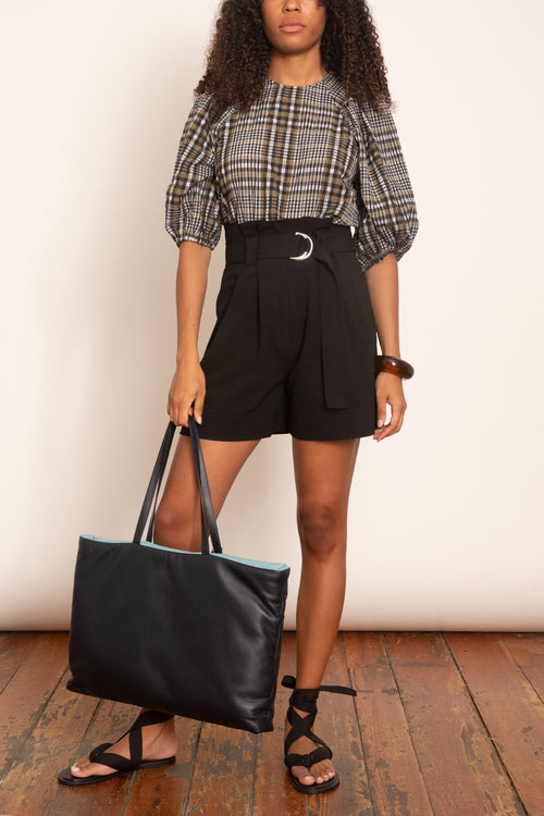 Heavy Crepe Belted Shorts in Black
