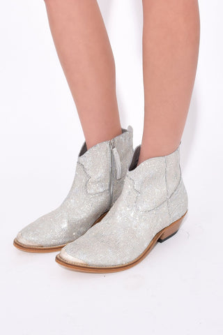 Young Boots in Silver Glitter Pailettes