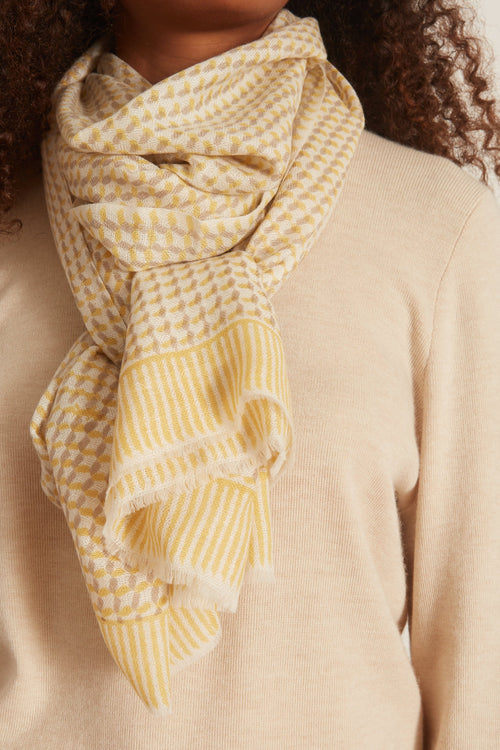 Heritage Scarf in Lemon Tile