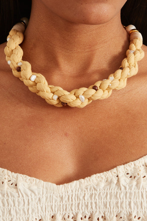 Soho Collar in Sand