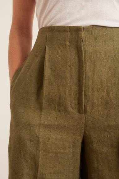 Rangiroa Bermuda Shorts in Green