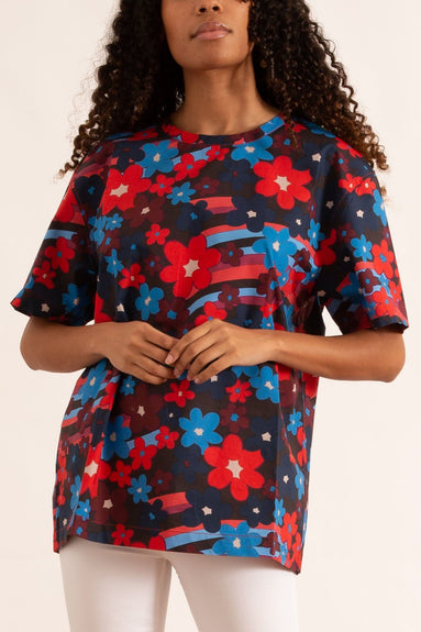 Short Sleeve Crewneck Blouse in Lacquer Flower Print