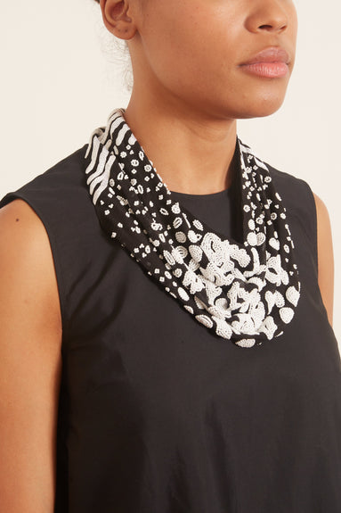 Kenya Le Charlot Necklace in Black/White