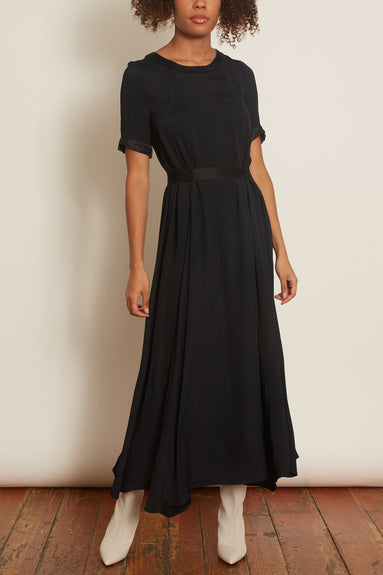 Johana Dress in Black