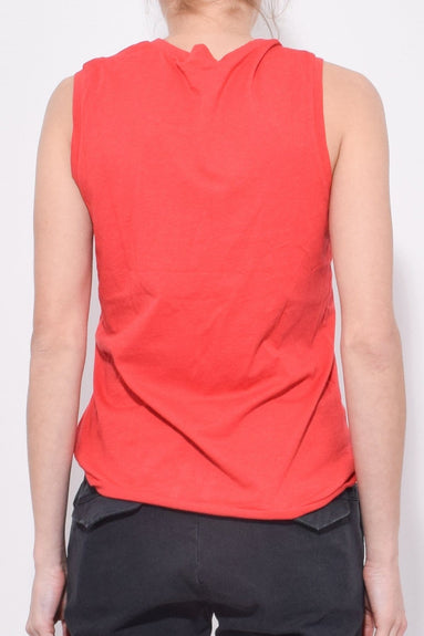 Muscle Tee in Sunkissed Red