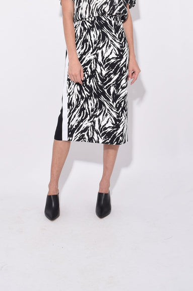 Straight Skirt in Black/White