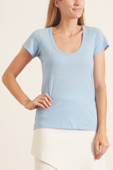 U Neck Tee in Spring Blue