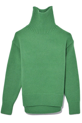 Lunet Turtleneck in Kelly Green