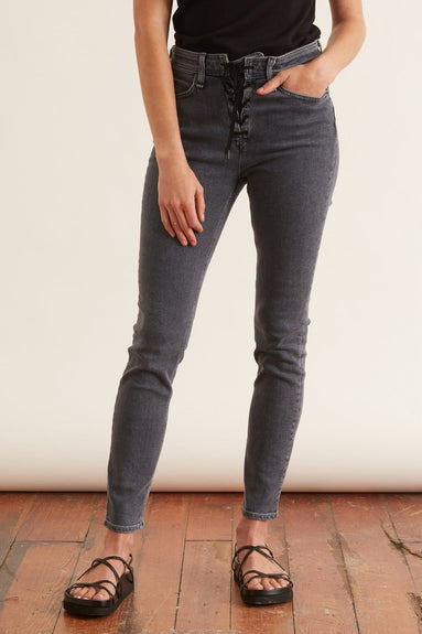 Nina High Rise Ankle Skinny in Clean Universe