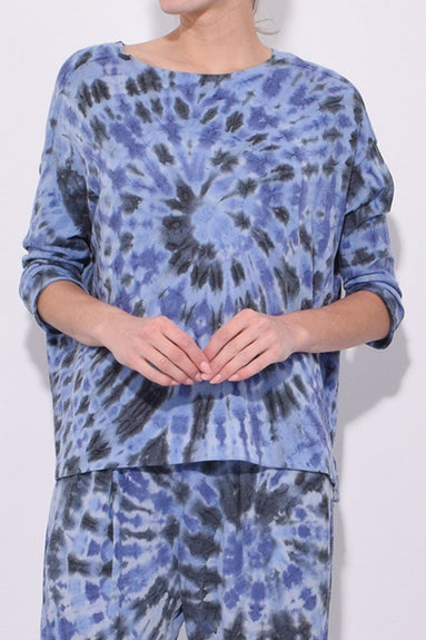 Exclusive 3/4 Sleeve Cocoon Top in Blue Feather