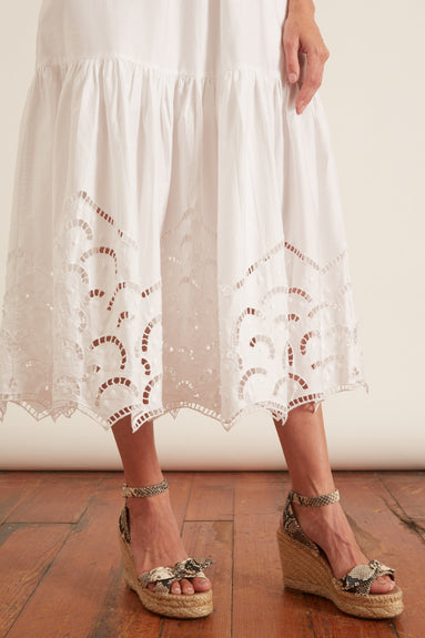 Hermosa Embroidery Dress in White