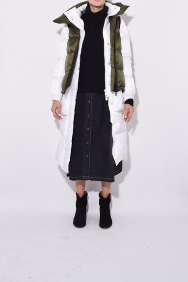 Nylon Puffer Coat in Khaki/White