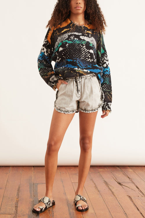 Dax Acid Wash Denim Ruffle Shorts in Black