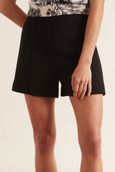 Genoveva Short in Black