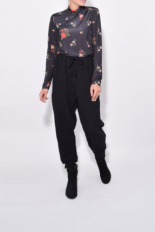 Joggers with Frill Pockets in Black