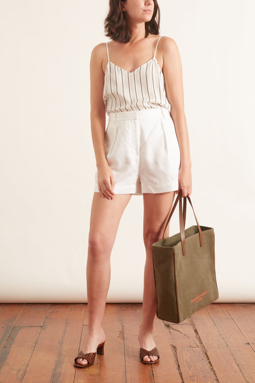 Soft Spring Suiting Pleated Short in White