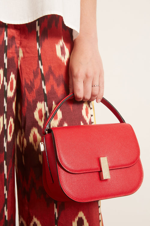 Iside Cross Body Bag in Red