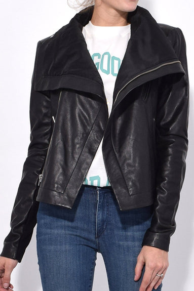 Max Classic Orion Jacket in Black