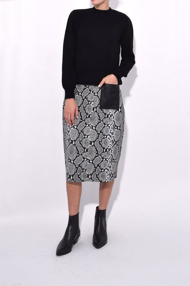 Violette Leather Pencil Skirt in Snake with Black