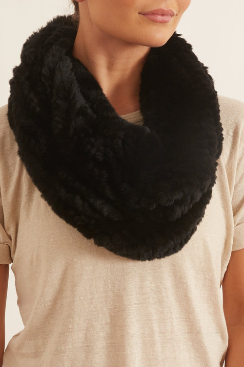Rex Rabbit Snood in Black