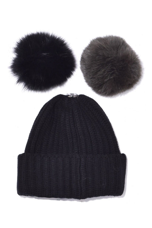 Knit Hat with Pompon in Noir
