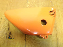 Load image into Gallery viewer, Suzuki TS-90 Side Cover RH NOS