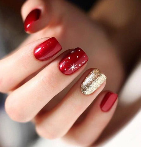 60 Awesome Christmas Nail Ideas in 2020