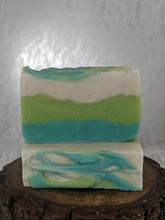Load image into Gallery viewer, Cucumber & Aloe Vera Artisan Soap Bar