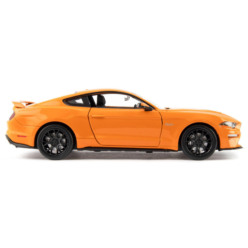 Ford Mustang GT Diecast Model Car 2018 orange - 1:24 Scale-Motormax-Diecast Model Centre