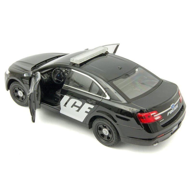 Ford Police Interceptor Diecast Model Car - 1:24 Scale-Welly-Diecast Model Centre