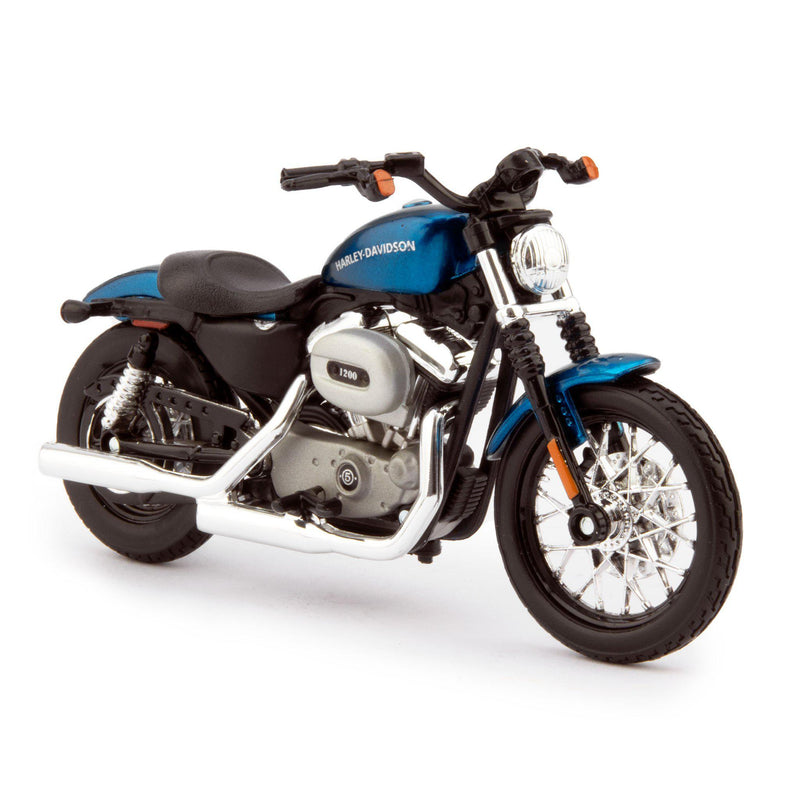 Harley-Davidson XL 1200N Nightster Diecast Model Motorcycle 2007 blue - 1:18 scale-Maisto-Diecast Model Centre