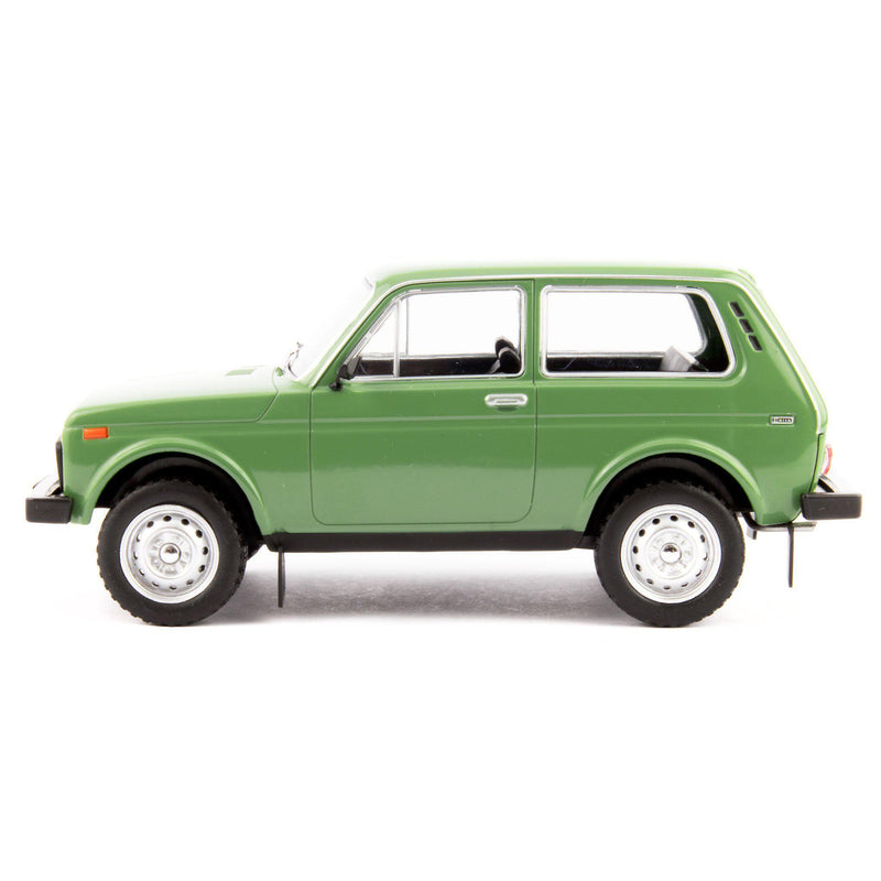 Lada Niva Diecast Model Car green - 1:24 Scale-WhiteBox-Diecast Model Centre