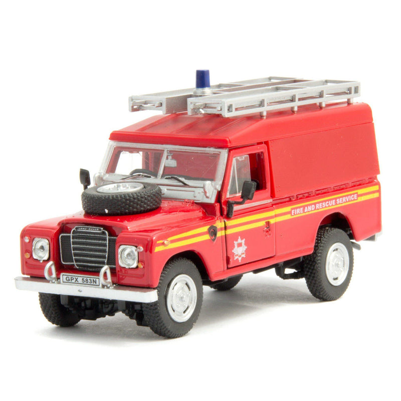 Land Rover Defender Series 3 109 Diecast Model Car Fire - 1:43 Scale-Cararama-Diecast Model Centre