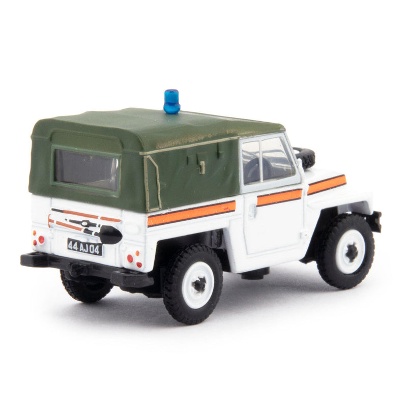 Land Rover Lightweight Diecast Model Car RAF Police Akrotiri - 1:76 Scale-Oxford Diecast-Diecast Model Centre