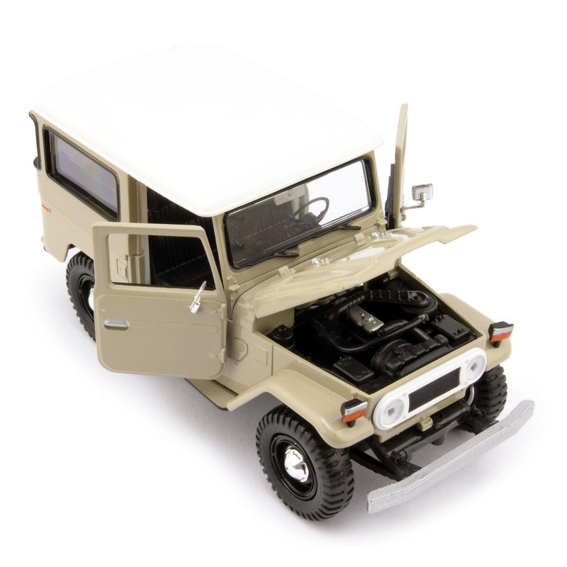 Toyota Land Cruiser FJ40 Diecast Model Car beige - 1:24 Scale-Motormax-Diecast Model Centre