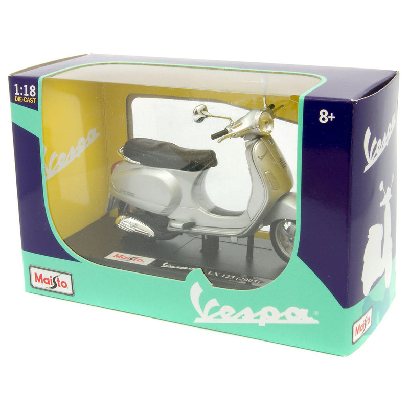 Vespa LX125 Diecast Model Scooter 2005 - 1:18 Scale-Maisto-Diecast Model Centre