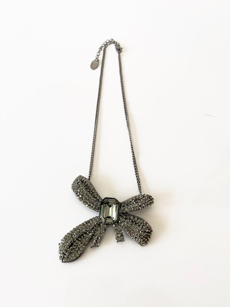 Fashion Bow Necklace
