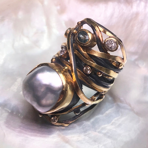 Twisted Ring Pearl Sapphire