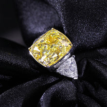 Treasure Jewelry® Solid 18K White Gold Center 4.2ctw Yellow Moissanite Cushion Cut Ring Side Triangle Lab Diamond Engagement Ring for Women