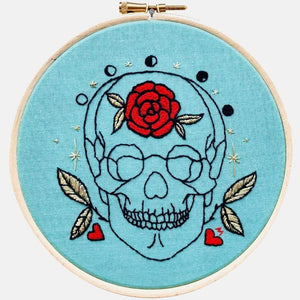 Anatomy & Botanic: Gold Leaves & Red Rose Skull Embroidery Kit - VintageMadbyM