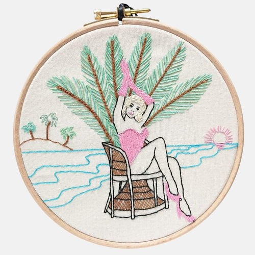 Modern Embroidery, Wall Art, Hoop Art, Summer Pin-Up - VintageMadbyM