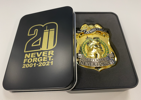 Limited Edition 20th Year Anniversary Never Forget Firefighter Kneeling 343 Twin Towers Metal Badge