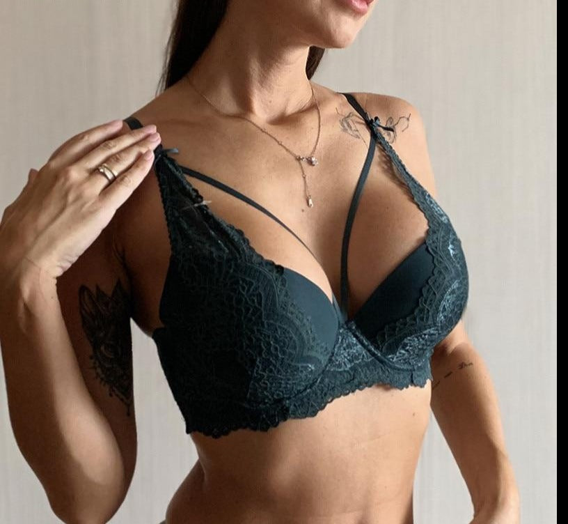 Fashion New Green Underwear Women Bra Push Up Brassiere A B C Cup Cotton Thick Black Gather Sexy Bra Embroidery Lace Lingerie