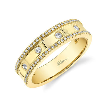 Shy Creation Yellow Gold Flush Set and Diamond Edge Band