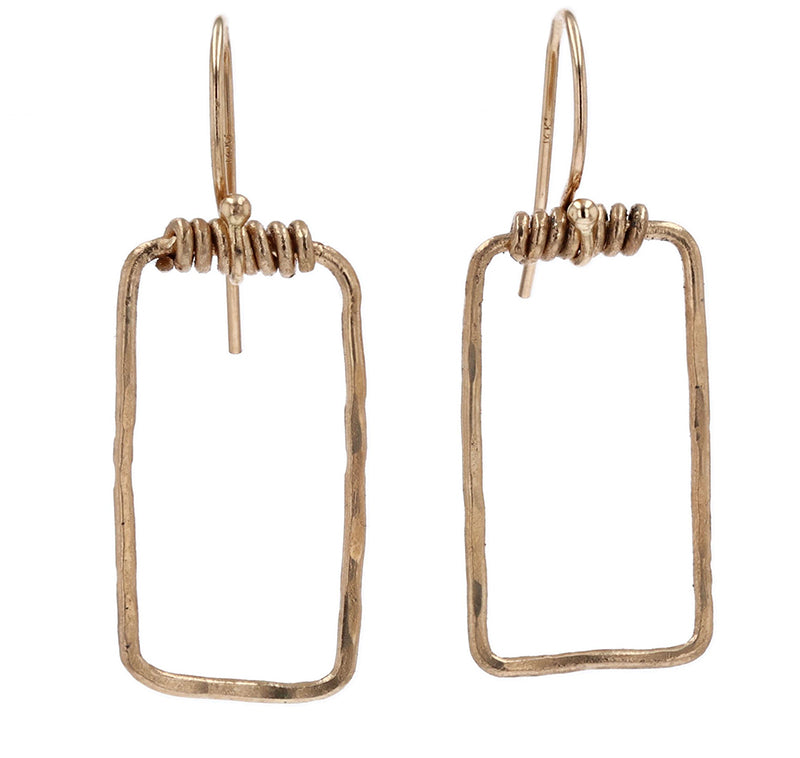 arianna nicolai minimalist rectangular dangle earrings