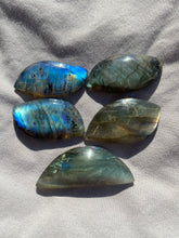 Load image into Gallery viewer, Labradorite Cabochon