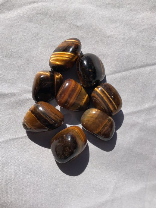 Tiger's Eye Tumble Stone