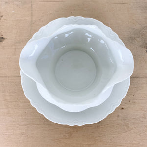 Vintage Warwick China Gravy Bowl