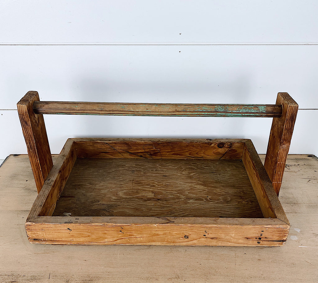 Vintage Wood Berry Basket Carrier\Tray with Chippy Green Handle